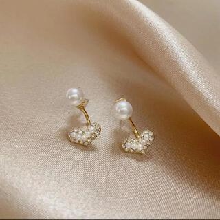 AHKAH - perl heart⚪︎2way  pierce