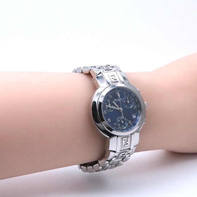 FENDI(フェンディ)の【FENDI】フェンディ 時計 'ズッカ クロノグラフ' ネイビー ☆極美品☆ レディースのファッション小物(腕時計)の商品写真