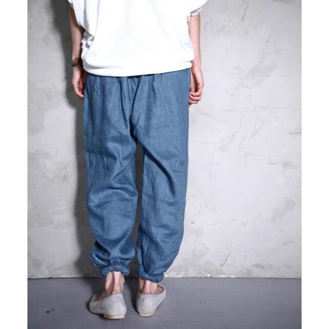 antiqua(アンティカ)の【antiqua】麻 リネン タック ジョッパーズ パンツ ターコイズブルー レディースのパンツ(カジュアルパンツ)の商品写真