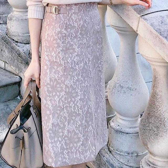 Apuweiser-riche(アプワイザーリッシェ)のレースタイトスカート レディースのスカート(ひざ丈スカート)の商品写真