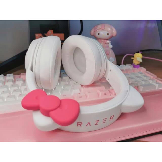 LAZER(レイザー)のRazer Kraken BT Kitty Edition ブルートゥース 無線 スマホ/家電/カメラのオーディオ機器(ヘッドフォン/イヤフォン)の商品写真