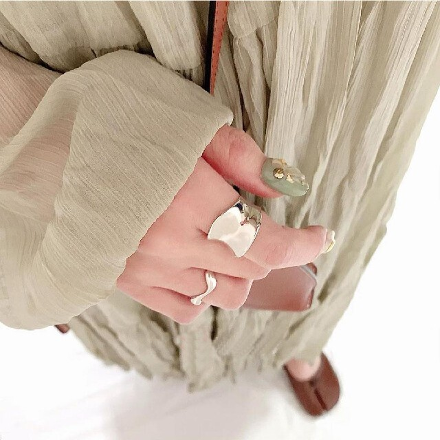 snidel(スナイデル)のティアード ワンピース レディースのワンピース(ロングワンピース/マキシワンピース)の商品写真