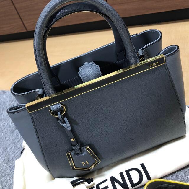 FENDI(フェンディ)のプチトゥージュール FENDI レディースのバッグ(ショルダーバッグ)の商品写真