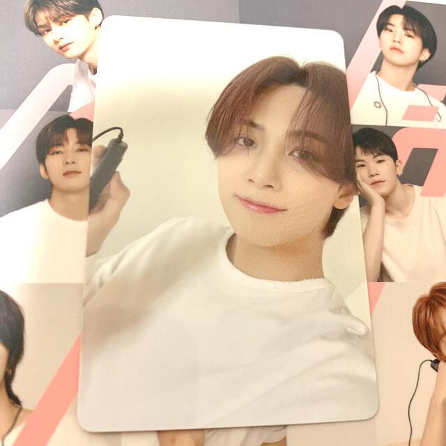 SEVENTEEN(セブンティーン)のseventeen ジョンハン ひとりじゃない トレカ エンタメ/ホビーのCD(K-POP/アジア)の商品写真