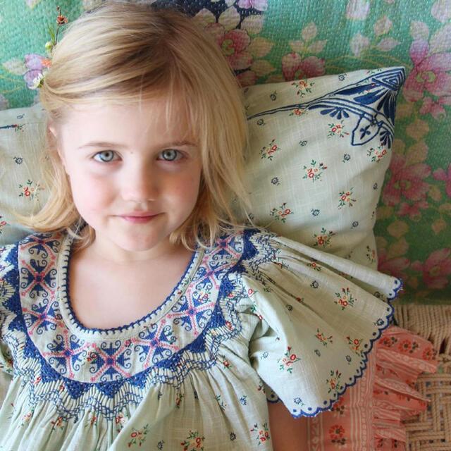 Caramel baby&child (キャラメルベビー&チャイルド)のボンジュール ダイアリー クッションカバー キッズ/ベビー/マタニティのこども用ファッション小物(その他)の商品写真