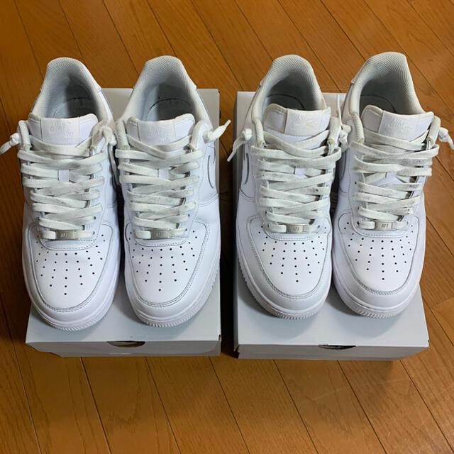 NIKE(ナイキ)のナイキ エアフォース1  ホワイト ロー 07 2足 メンズの靴/シューズ(スニーカー)の商品写真
