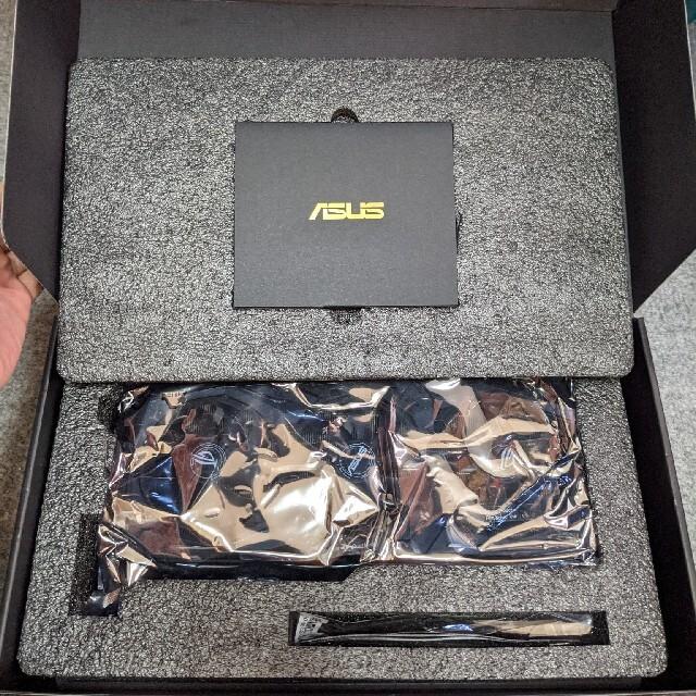ASUS(エイスース)のASUS ROG-STRIX-RTX2070S-A8G-GAMING スマホ/家電/カメラのPC/タブレット(PCパーツ)の商品写真