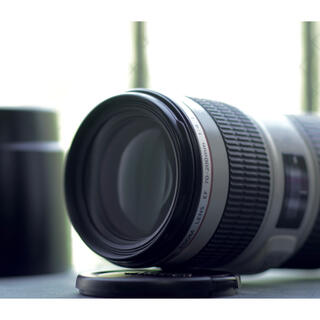 Canon - Canon eos  ef 70-200 F4L IS USM