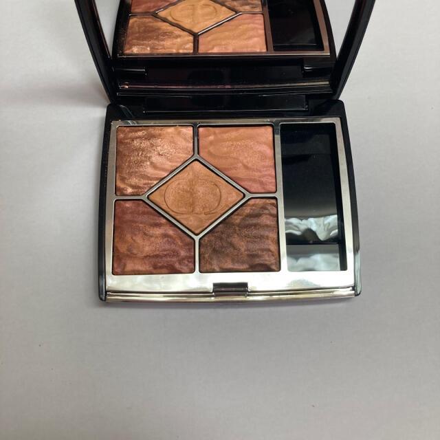 Dior(ディオール)のディオール サンク クルール サマーデューン 限定 699ミラージュ コスメ/美容のベースメイク/化粧品(アイシャドウ)の商品写真