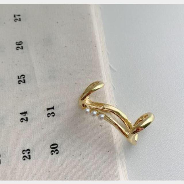 Ameri VINTAGE(アメリヴィンテージ)の【NEW】新品インポート♡パール ゴールド シンプル アンティーク イヤーカフ レディースのアクセサリー(イヤーカフ)の商品写真