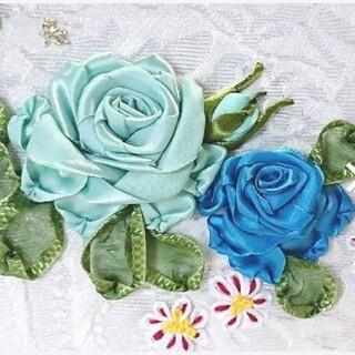 薔薇 手縫い超 立体リボン刺繍  マスク入れ隠し プレゼント (ウェルカムボード)