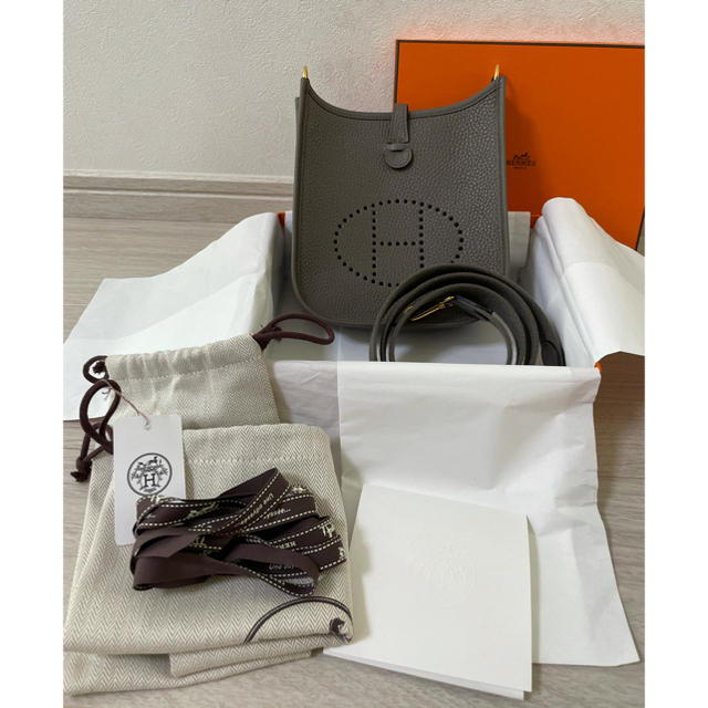 Hermes(エルメス)のあさみん様専用‼️エブリンtpm   グリエタン✖️ゴールド金具 レディースのバッグ(ショルダーバッグ)の商品写真