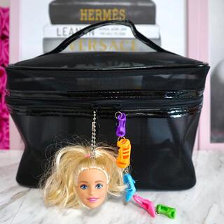 バービー(Barbie)のバービー 大容量 メイクバッグ♡♪(ポーチ)
