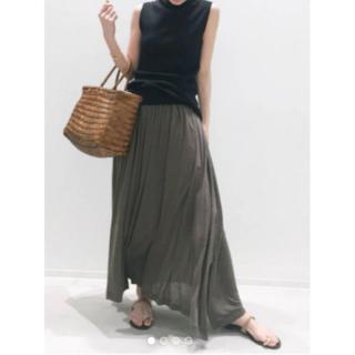 アパルトモンドゥーズィエムクラス(L'Appartement DEUXIEME CLASSE)の試着のみアパルトモン Jersey Gather Skirt カーキー36(ロングスカート)
