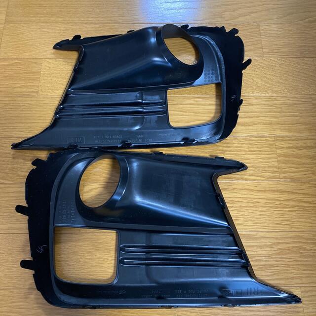 スバル(スバル)のUSスバル純正フォグランプカバー 自動車/バイクの自動車(車種別パーツ)の商品写真