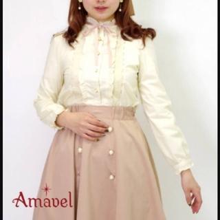 アマベル(Amavel)のAmavel配色リボンタイ付きレース切替スタンドフリルブラウス(シャツ/ブラウス(長袖/七分))