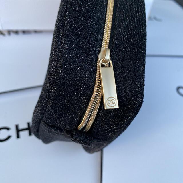 CHANEL(シャネル)のシャネル 2020ホリデー限定 ノベルティ ポーチ ブラック 箱付き正規品 レディースのファッション小物(ポーチ)の商品写真