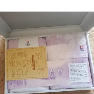 新品♪ 限定品✨桜柄✨ 今治タオル ふんわり フェイス&ゲストタオル 2枚セット