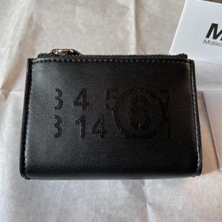 エムエムシックス(MM6)のMM6 エムエム6  メゾンマルジェラ  ナンバーロゴジップウォレット ブラック(財布)