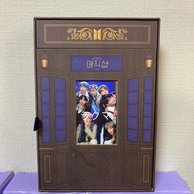 防弾少年団(BTS)(ボウダンショウネンダン)のBTS magic shop マジックショップ 韓国公演 DVD エンタメ/ホビーのCD(K-POP/アジア)の商品写真