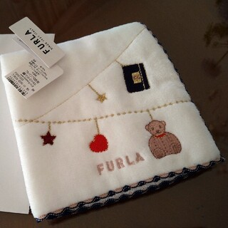 Furla - 【新品美品】FURLA♡♡ふわふわハンカチーフ✩.*˚