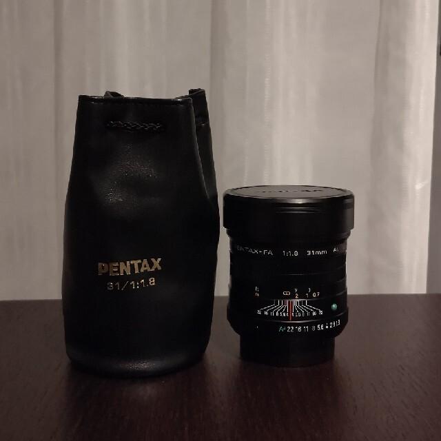 PENTAX(ペンタックス)の美品 ペンタックス smc PENTAX- FA 31mm F1.8 ブラック スマホ/家電/カメラのカメラ(レンズ(単焦点))の商品写真