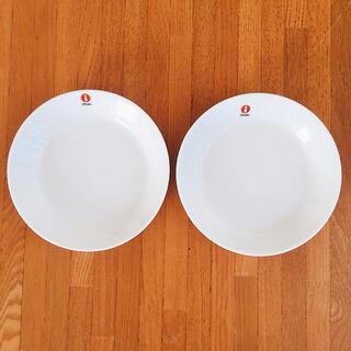 イッタラ(iittala)のイッタラ ティーマ  プレート 15cm   ホワイト 2枚 新品未使用 (食器)