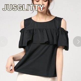 ジャスグリッティー(JUSGLITTY)のジャスグリッティー オープンショルダーフロントラッフルブラウス M 黒(シャツ/ブラウス(半袖/袖なし))