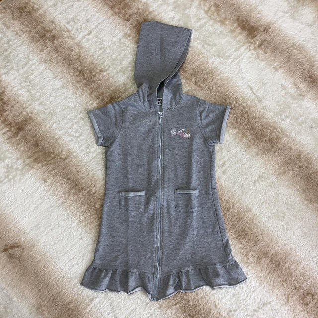CHACOTT(チャコット)の美品 チャコット ジップアップワンピース 120 キッズ/ベビー/マタニティのキッズ服女の子用(90cm~)(ジャケット/上着)の商品写真