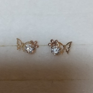 JEWELRY TSUTSUMI - K10ピアス 蝶々、お花、ダイヤ