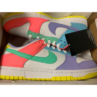 NIKE - NIKE WMNS DUNK LOW SE  Candy 24cm キャンディー
