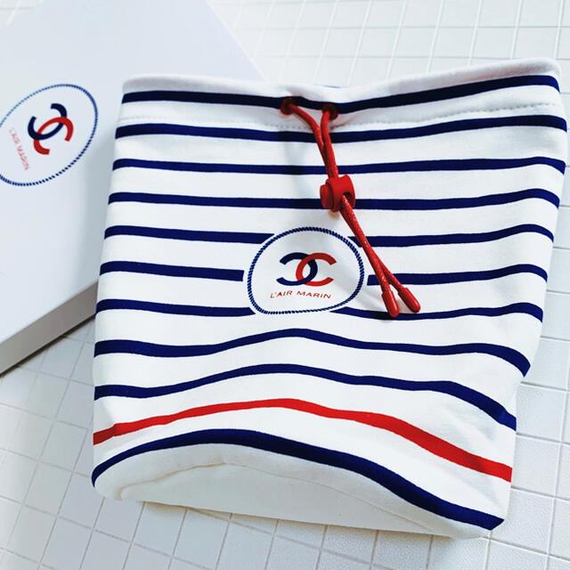 CHANEL(シャネル)のシャネル 巾着ポーチ 新品 レディースのファッション小物(ポーチ)の商品写真
