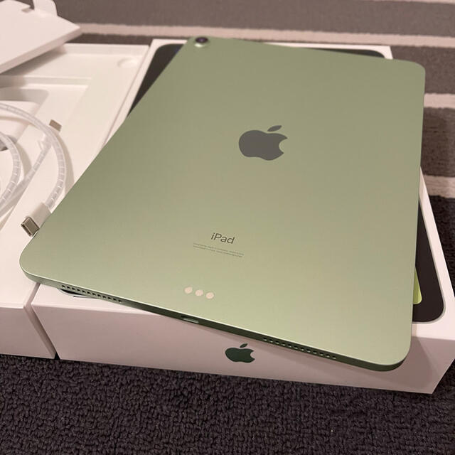Apple(アップル)の『中古品』Apple iPad  Air4 green 64GB スマホ/家電/カメラのPC/タブレット(タブレット)の商品写真