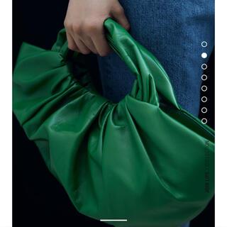 ZARA - グリーンリアルレザーバケットハンドバッグ