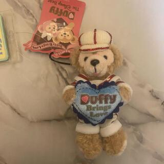 ダッフィー(ダッフィー)のダッフィー ぬいぐるみバッジ♡duffy Brings love♡バレンタイン(キャラクターグッズ)