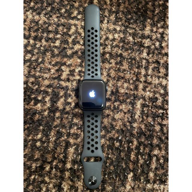 Apple Watch(アップルウォッチ)のApple Watch Nike Series 6(GPSモデル)40mm メンズの時計(腕時計(デジタル))の商品写真