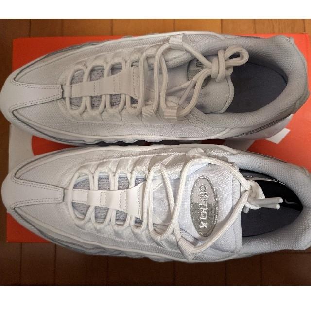 NIKE(ナイキ)の【新品】NIKE  AIR MAX 95 ESSENTIAL 27.5cm メンズの靴/シューズ(スニーカー)の商品写真