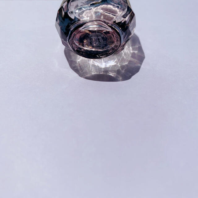 Yves Saint Laurent Beaute(イヴサンローランボーテ)のイヴ・サンローラン   ミニ 香水 7.5ml コスメ/美容の香水(香水(女性用))の商品写真