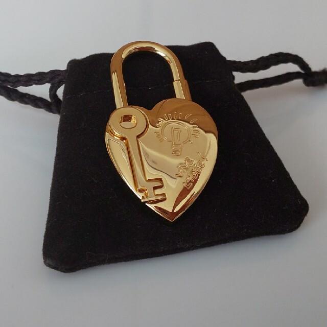 Hermes(エルメス)の専用❗エルメス カデナ 2004年 ファンタジー ハート 南京錠 カギ チャーム レディースのアクセサリー(チャーム)の商品写真