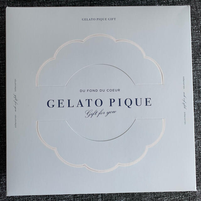 gelato pique(ジェラートピケ)のジェラートピケ フェイスタオル  ハンカチタオル 4枚セット インテリア/住まい/日用品の日用品/生活雑貨/旅行(タオル/バス用品)の商品写真