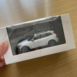 VOLVO ボルボ XC60 1:43モデルカー 新品