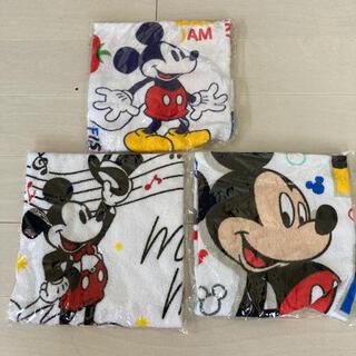ミッキーマウス(ミッキーマウス)の新品未開封❣️Mickey Mouseハンドタオル3枚(タオル/バス用品)