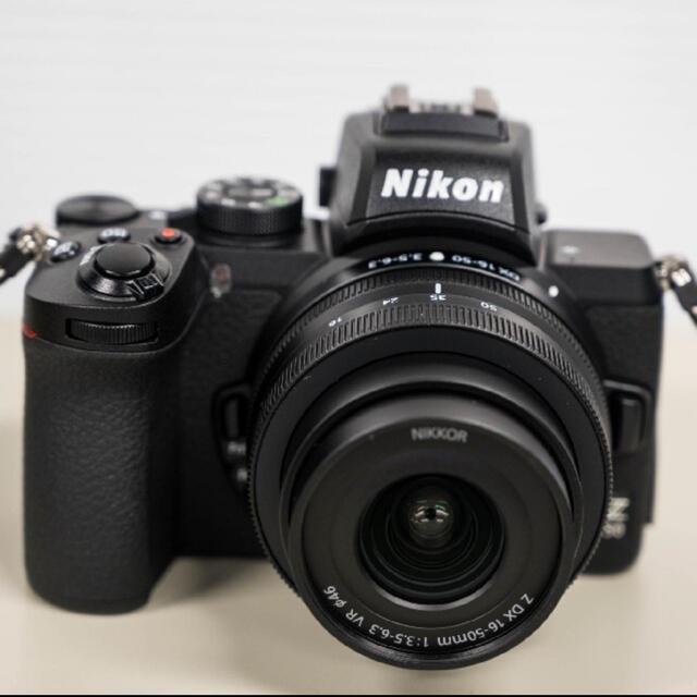 Nikon(ニコン)のNikon Z50 レンズキット 16-50mm スマホ/家電/カメラのカメラ(ミラーレス一眼)の商品写真