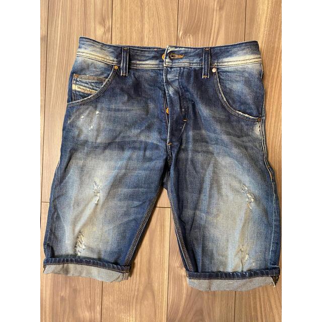 DIESEL(ディーゼル)のディーゼル DIESEL ショートパンツ ハーフパンツ デニム 短パン 28 メンズのパンツ(デニム/ジーンズ)の商品写真