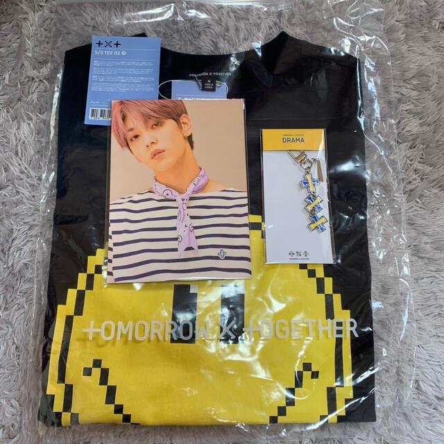 防弾少年団(BTS)(ボウダンショウネンダン)のTXT TOMORROW X TOGETHER ユニフォーム  エンタメ/ホビーのCD(K-POP/アジア)の商品写真