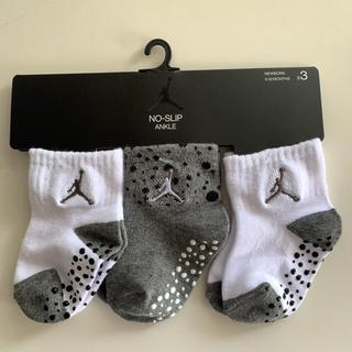 ナイキ(NIKE)の【新品未使用】 Nike Jordan 6〜12ヶ月用 ジョーダン 靴下3組(靴下/タイツ)