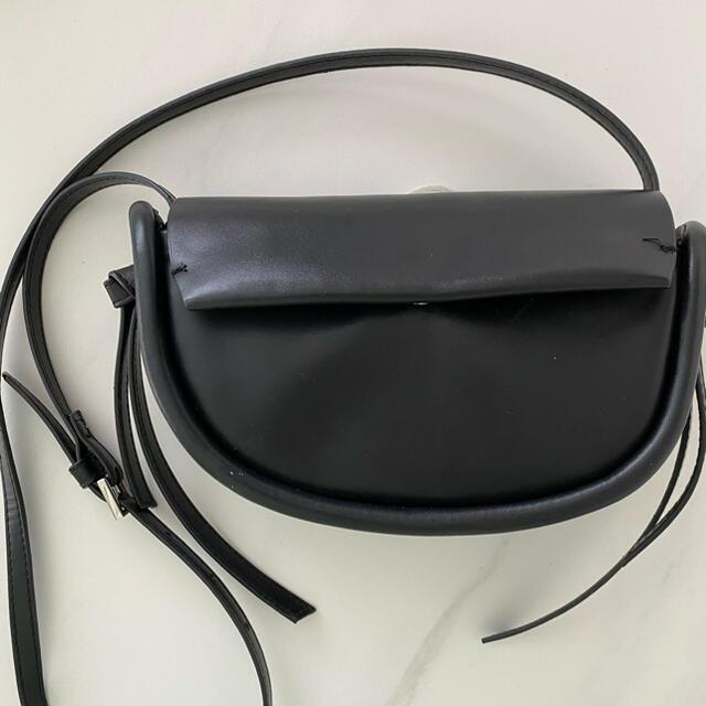 ZARA(ザラ)のZARA ミニショルダーバッグ レディースのバッグ(ショルダーバッグ)の商品写真