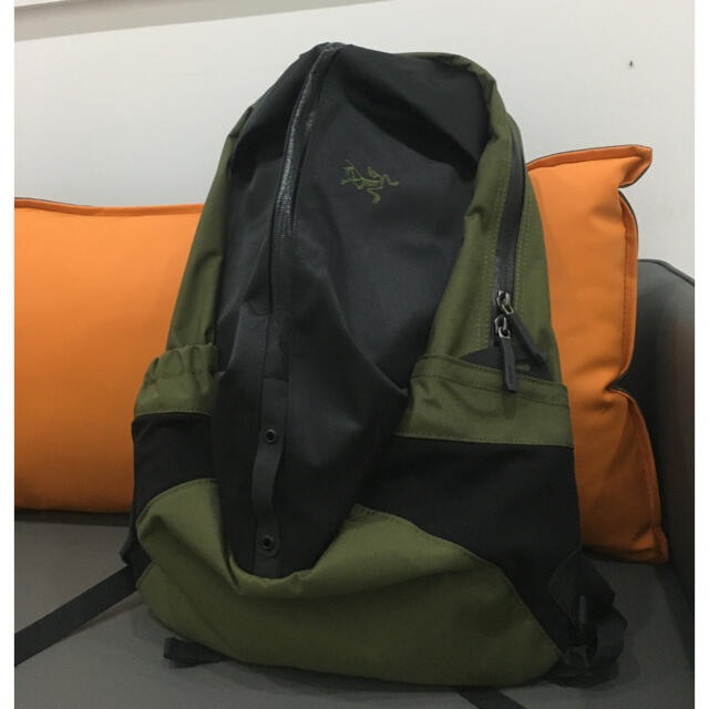 ARC'TERYX(アークテリクス)のARC'TERYX バックパック アロー  バックパック 24018 リュック メンズのバッグ(バッグパック/リュック)の商品写真