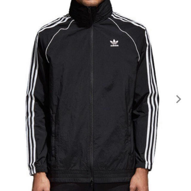 adidas(アディダス)のセール価格!新品!アディダスSSTウインドブレーカーMサイズ! メンズのジャケット/アウター(ナイロンジャケット)の商品写真