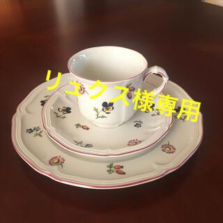 ビレロイアンドボッホ(ビレロイ&ボッホ)のビレロイボッホプチフルールデミタスコーヒカップ、ソーサー、ケーキ皿セット(食器)